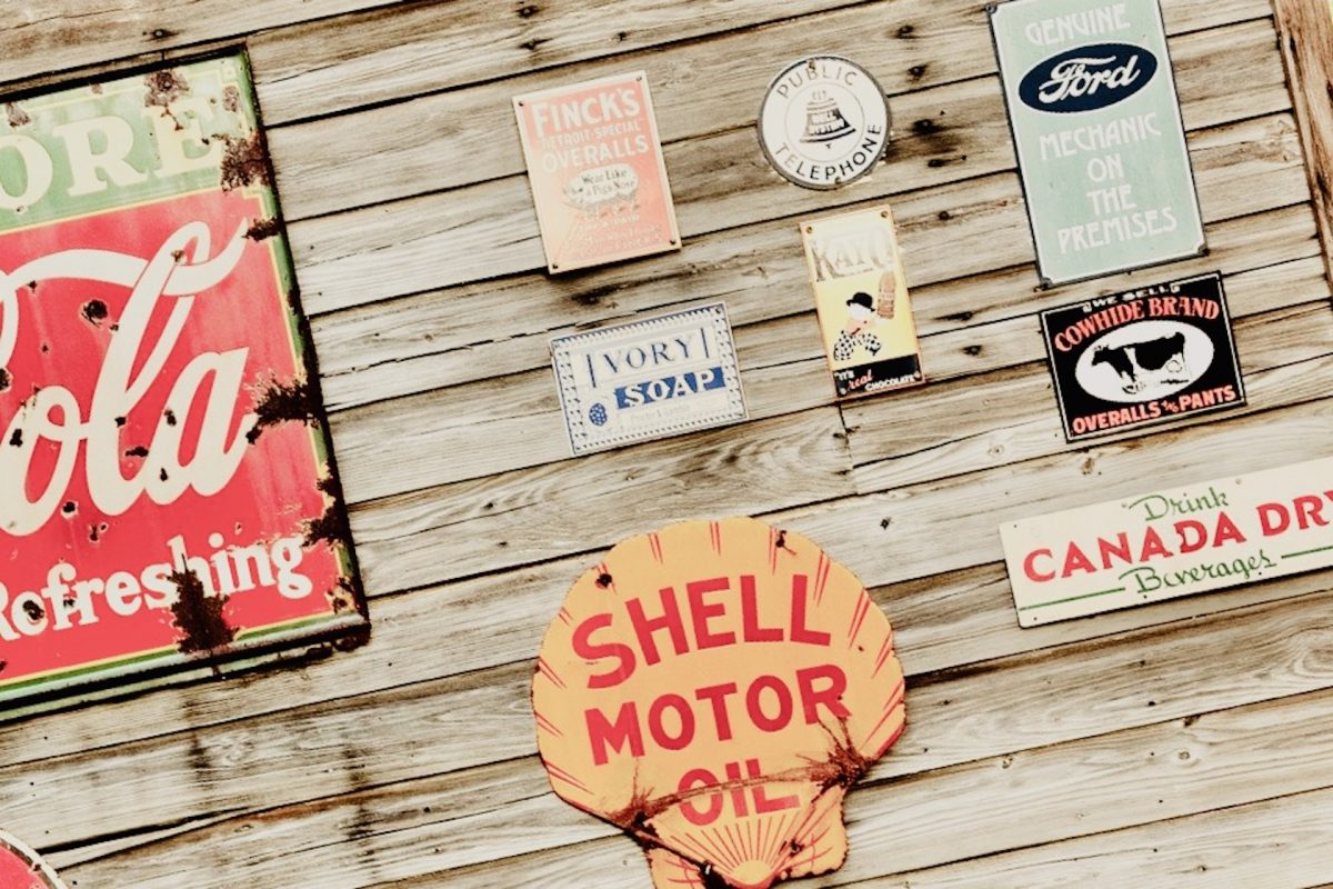 Old Shell brand sign